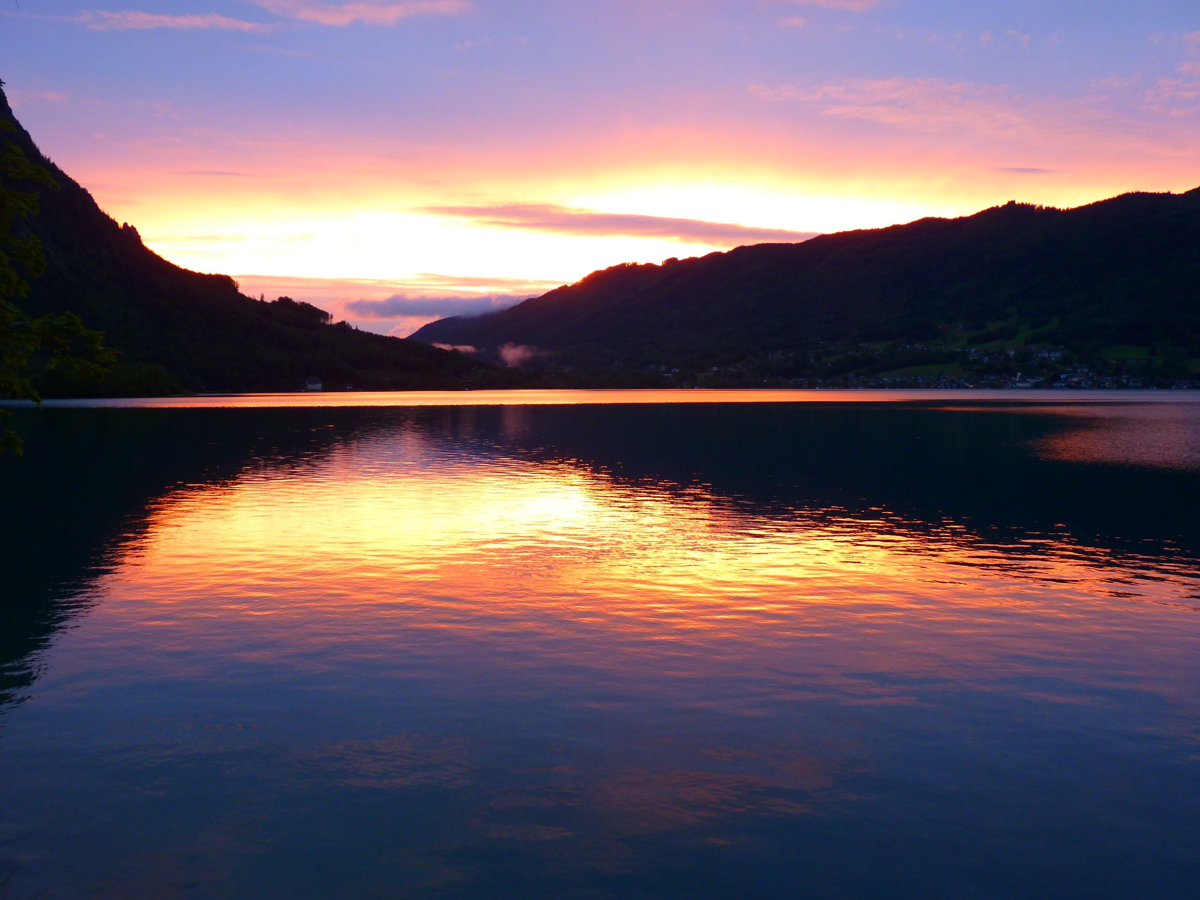 Foto d'estoc gratuïta de aigua, alba, calma, capvespre