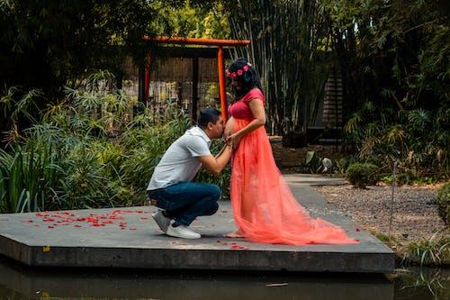 Fotobanka sbezplatnými fotkami na tému latina žena, šťastné tehotenstvo, tehotenstvo