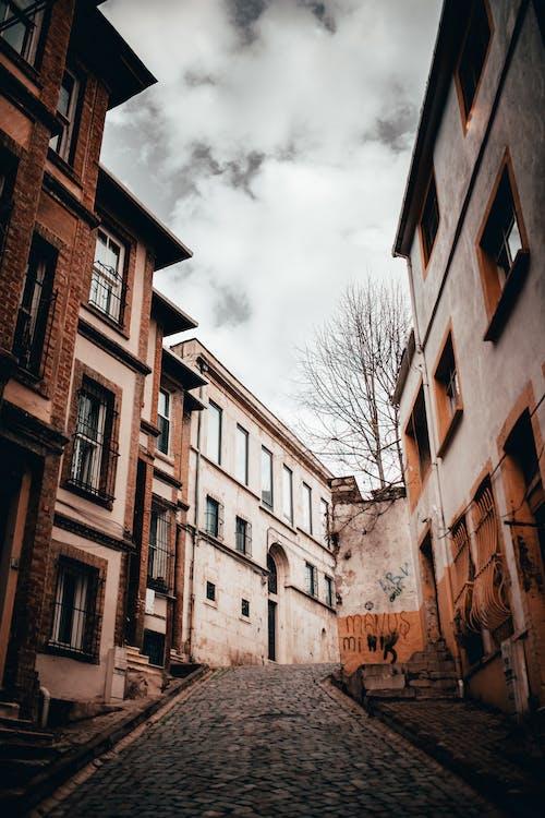Photos gratuites de abandonné, allée, architecture