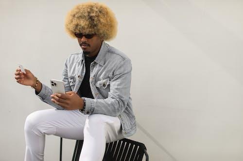 Ingyenes stockfotó afro, afro-amerikai férfi, álló kép témában