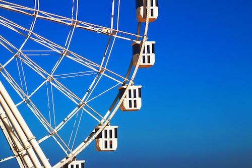 Foto profissional grátis de aço, alto, altura, céu