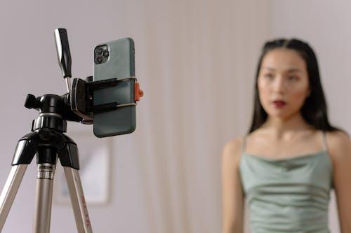 Fotobanka sbezplatnými fotkami na tému človek, detailný záber, dômyselný prístroj