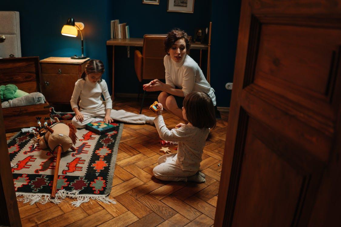 Free stock photo of babysitter, babysitting, bedroom