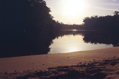 Güneş, kum, plaj, yansıma içeren Ücretsiz stok fotoğraf