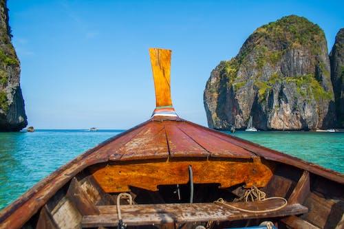 Foto d'estoc gratuïta de aigua, barca, cel, embarcació d'aigua