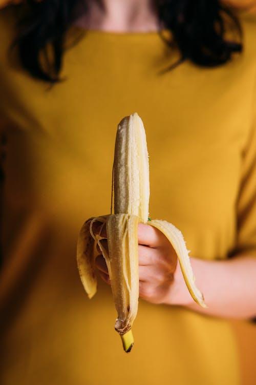 Бесплатное стоковое фото с Анонимный, банан, витамины