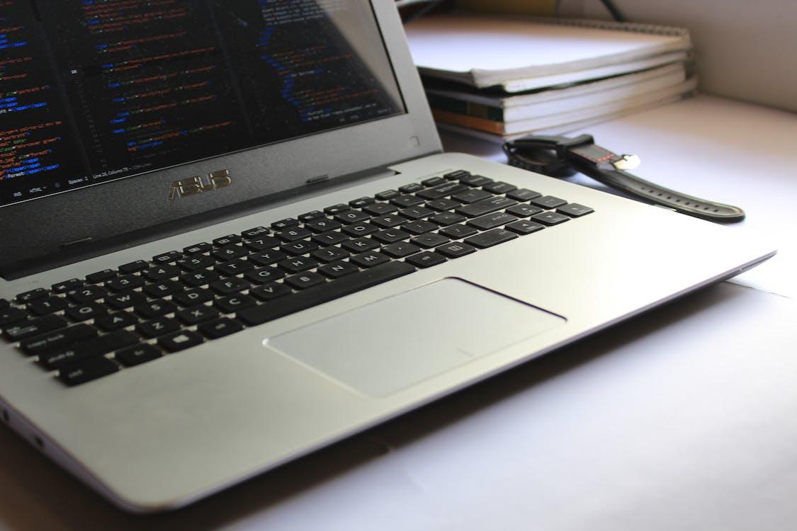 コーディング, ノートパソコン
