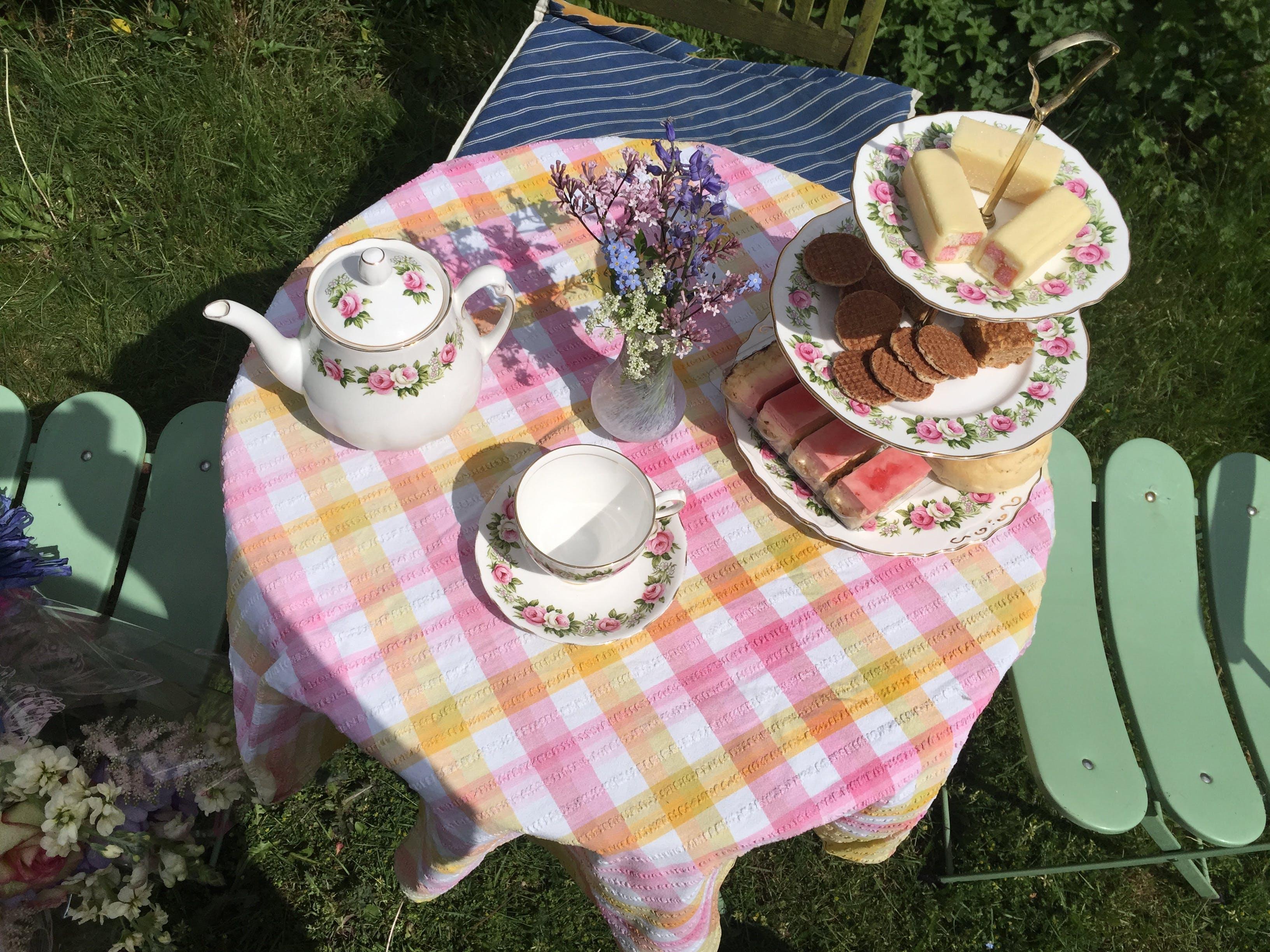 Free stock photo of afternoon tea, british, cake, flowers