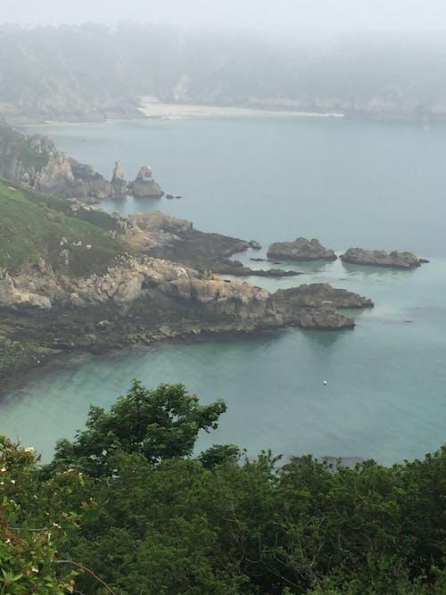 바다, 바위, 박무, 절벽 면의 무료 스톡 사진