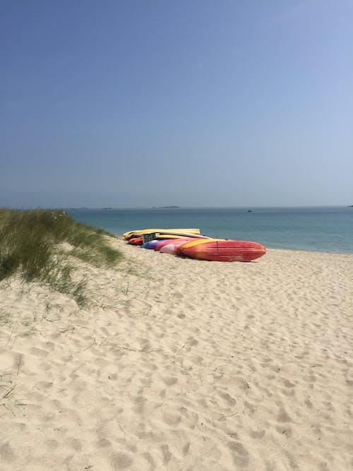 모래사장, 바다, 카누, 하늘의 무료 스톡 사진