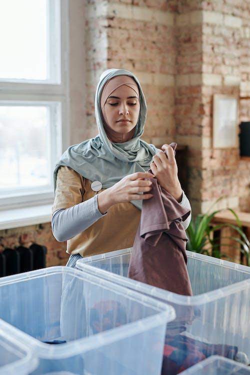 Foto stok gratis jilbab, kaum wanita, loteng