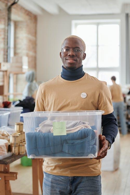 dükkan, Giyim, gönüllü içeren Ücretsiz stok fotoğraf