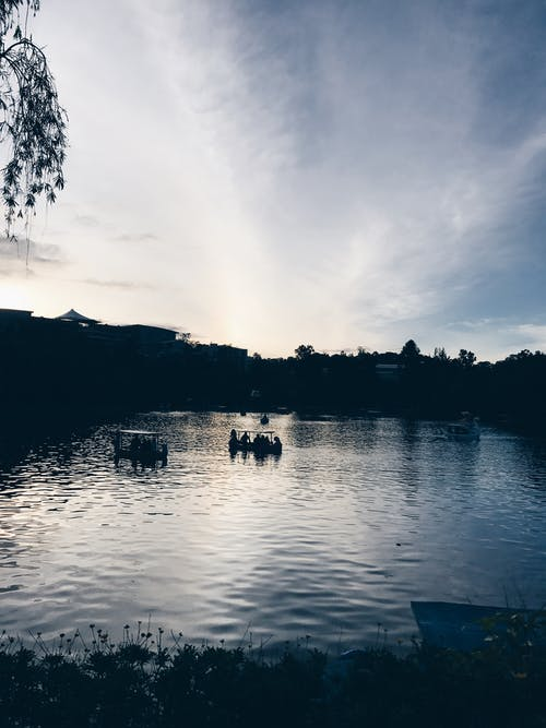 Immagine gratuita di alba, baguio city, barche