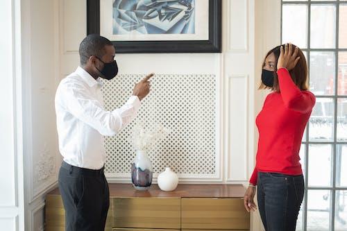 Безкоштовне стокове фото на тему «covid, афро-американська жінка, афроамериканський чоловік»