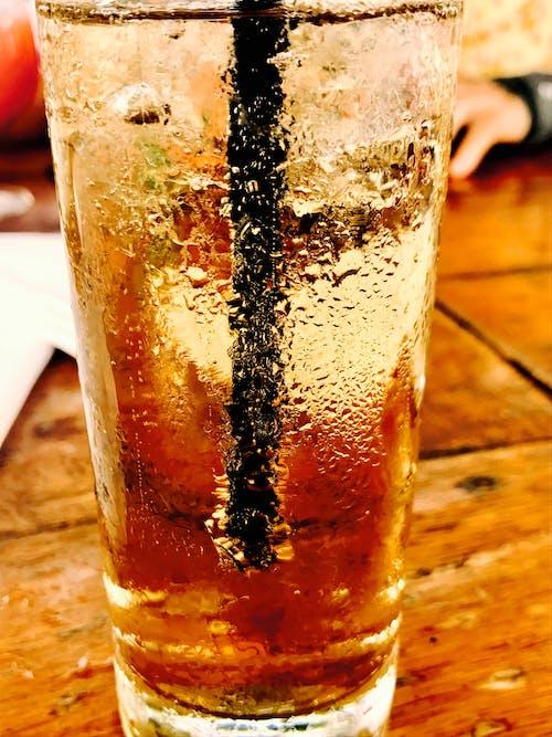 Immagine gratuita di bagnato, bevanda, bevanda gassata, bicchiere