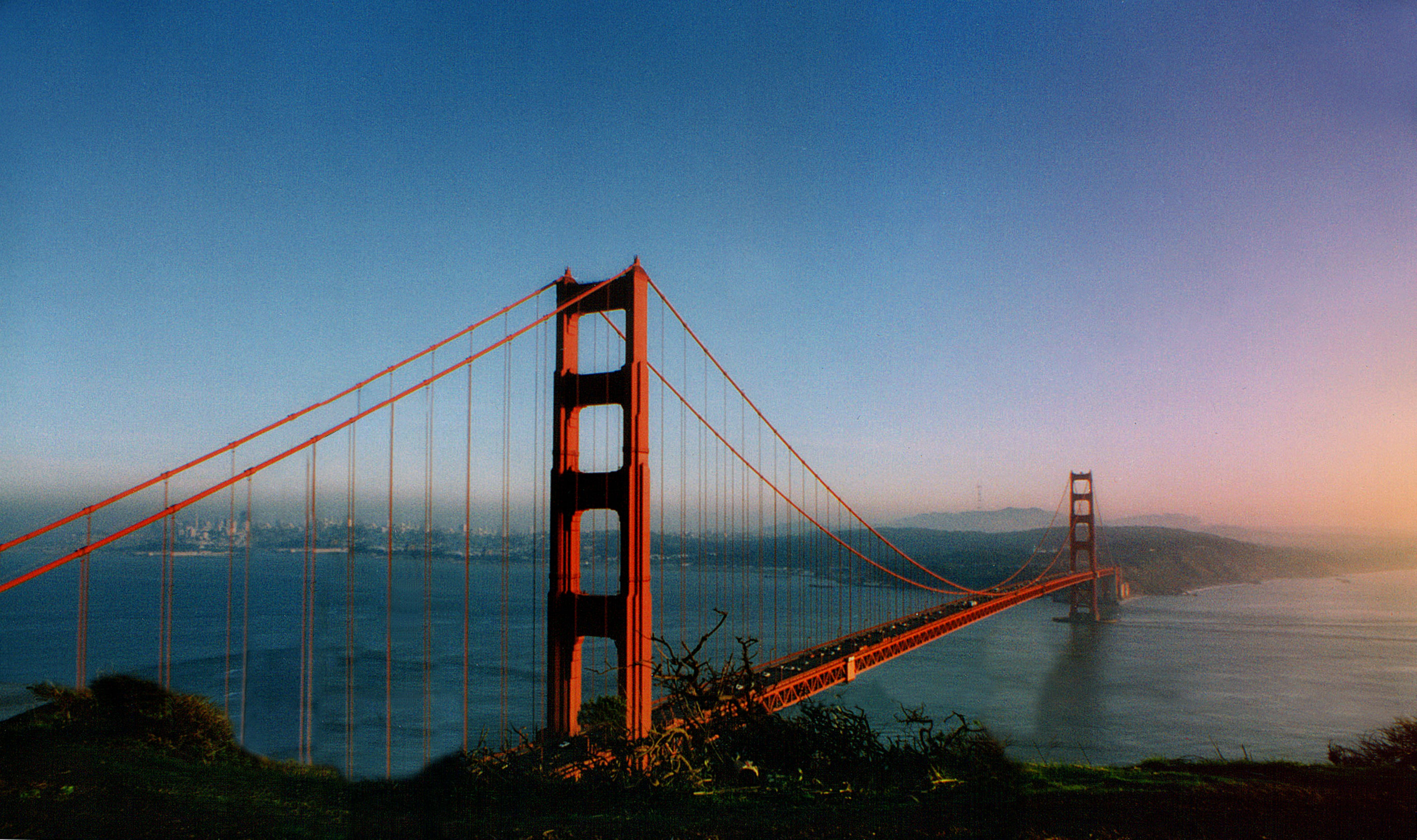 Golden Gate Bridge, New York
