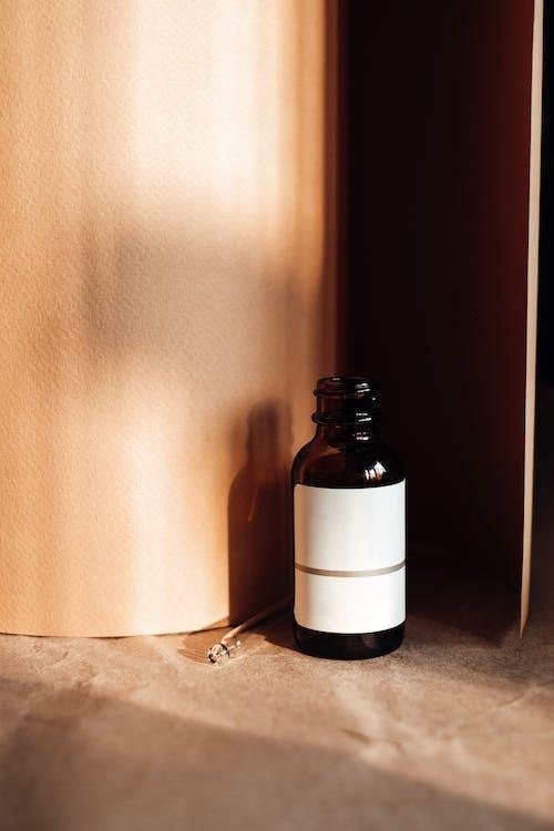 Gratis stockfoto met artikel, cosmetisch product, drinkglas