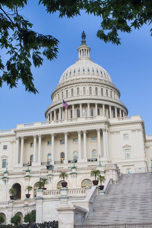 Gratis arkivbilde med arkitektur, bygningens eksteriør, Capitol