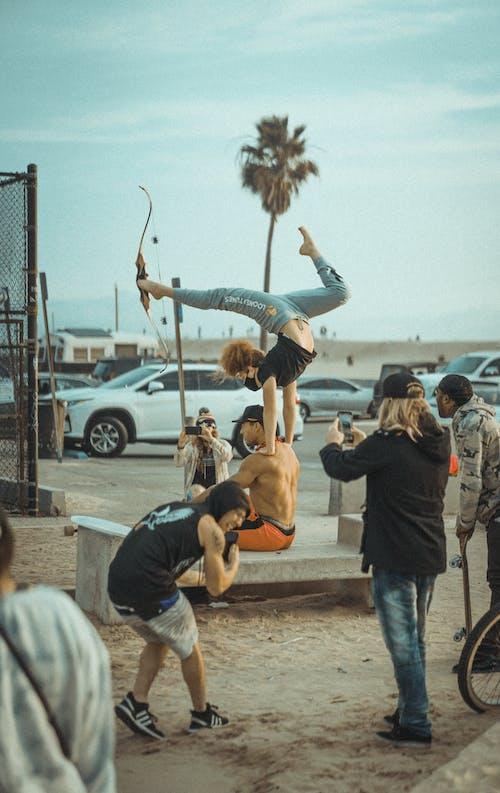 Immagine gratuita di abilità, acrobata, acrobatico