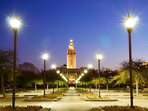 停車場, 國會大廈, 夜間照片 的 免费素材图片