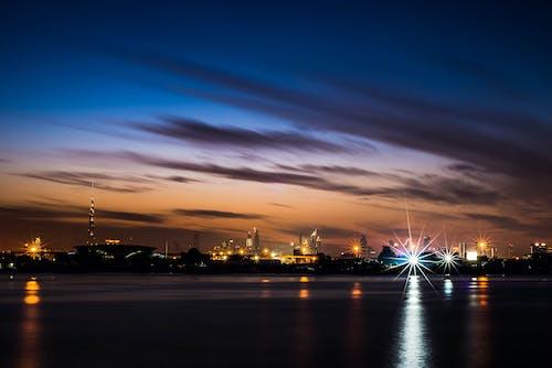 Безкоштовне стокове фото на тему «відблиск, вода, горизонт, Дубай»