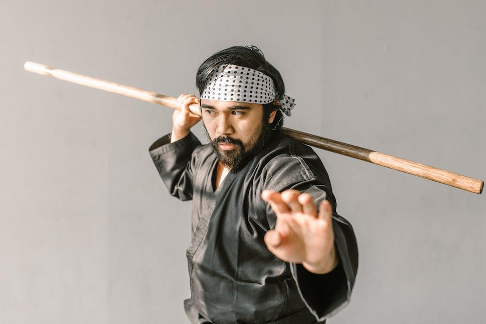 An expert in judo art.   Photo: Pexels