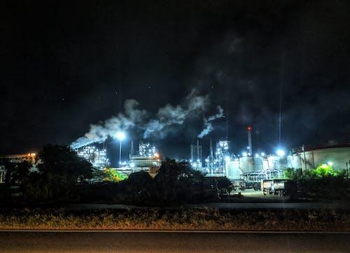 Бесплатное стоковое фото с город ночью, дым, загрязнение воздуха