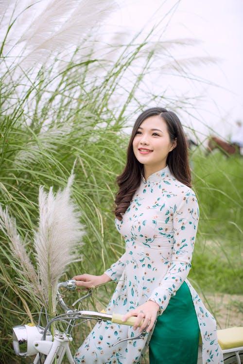 Gratis lagerfoto af afslappet, asiatisk kvinde, Asiatisk pige, bane