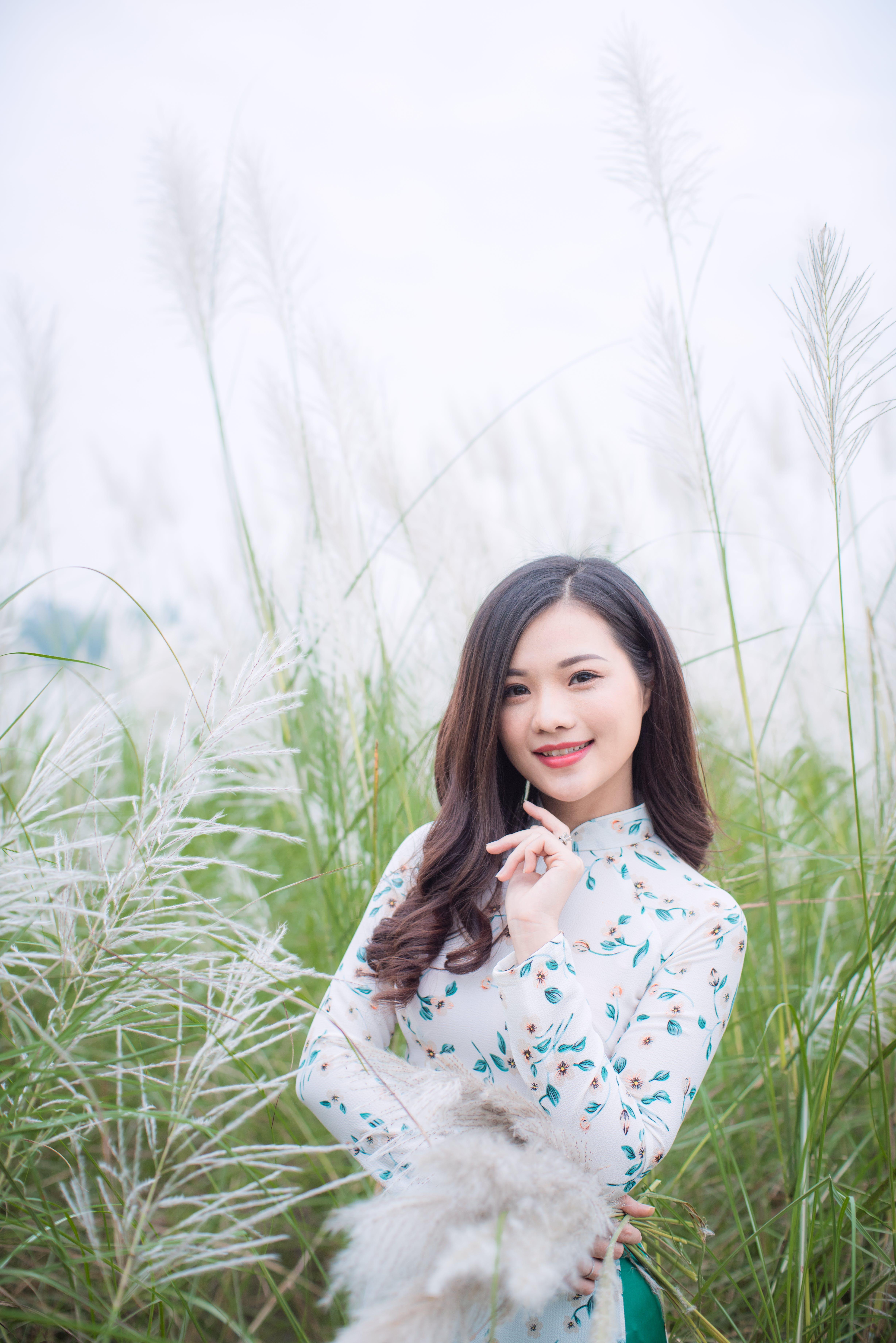 Gratis arkivbilde med åker, asiatisk jente, asiatisk kvinne, attraktiv