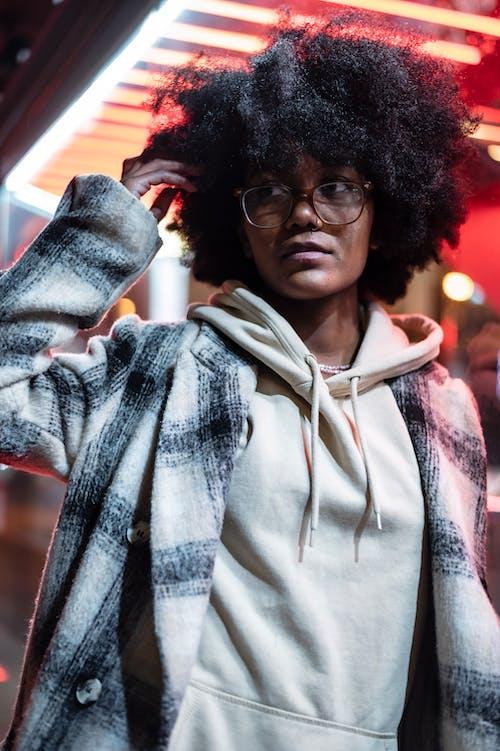 Kostenloses Stock Foto zu abend, afro, afroamerikaner-frau
