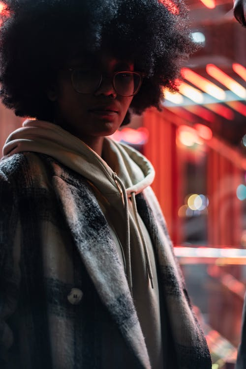 Kostenloses Stock Foto zu afro, afroamerikaner-frau, Ärger