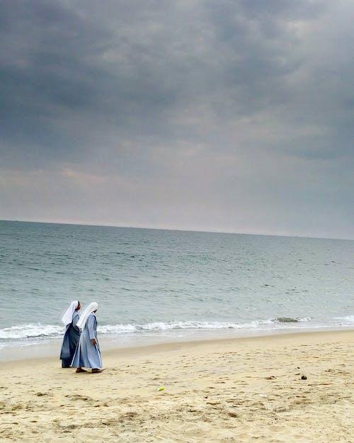 Бесплатное стоковое фото с мир, мобильное фото, морской пляж