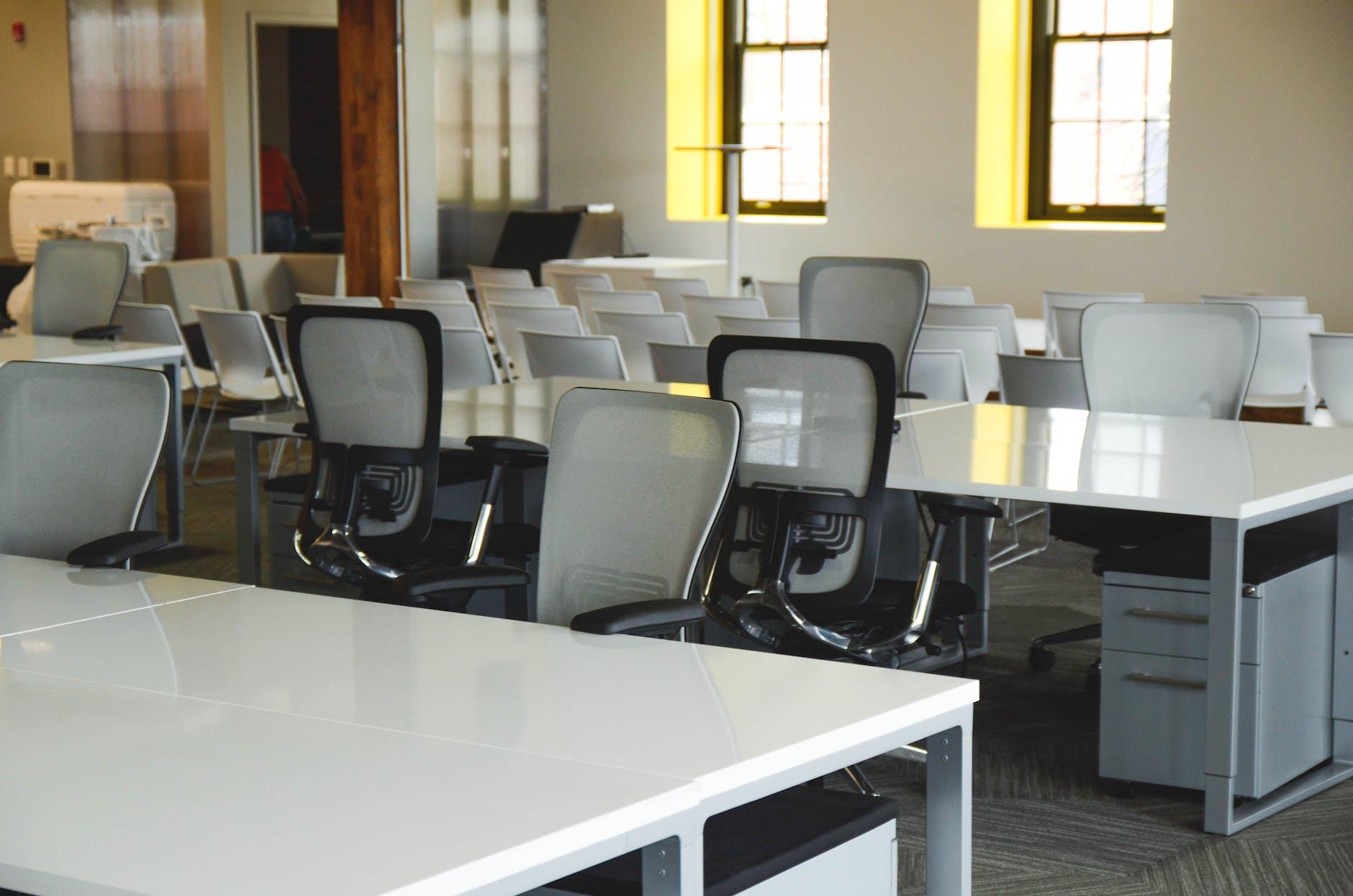Instansi pemerintah bakal tiru penerapan kerja jarak jauh ala perusahaan startup.