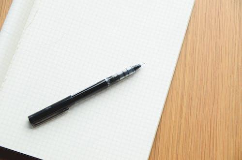 Бесплатное стоковое фото с заметки, писание от руки, ручка