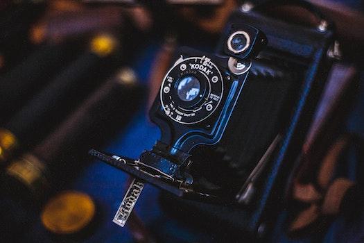Kostenloses Stock Foto zu kamera, dunkel, vintage, technologie