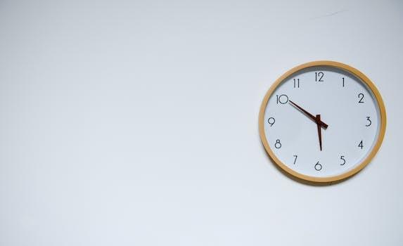 Wall Clock at 5:50