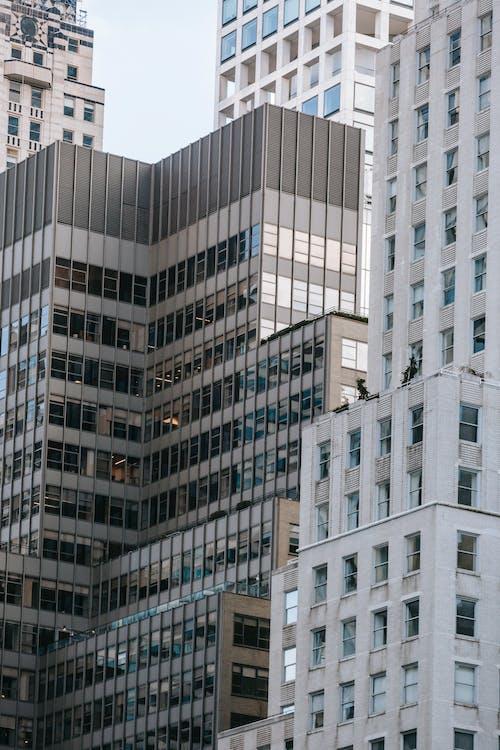 açık hava, apartman, aşağıdan içeren Ücretsiz stok fotoğraf