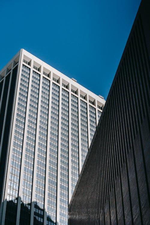 Бесплатное стоковое фото с архитектура, башня, безоблачный