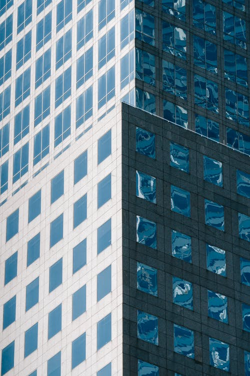 Foto profissional grátis de alojamento, alto, ângulo baixo