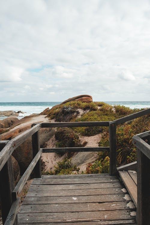 açık hava, ada, adım atmak içeren Ücretsiz stok fotoğraf