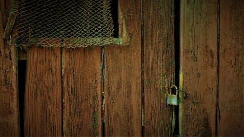 Immagine gratuita di chiuso, legno, lucchetto, porta