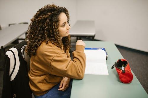 オフラインクラス, オフラインで勉強する, カレッジの無料の写真素材