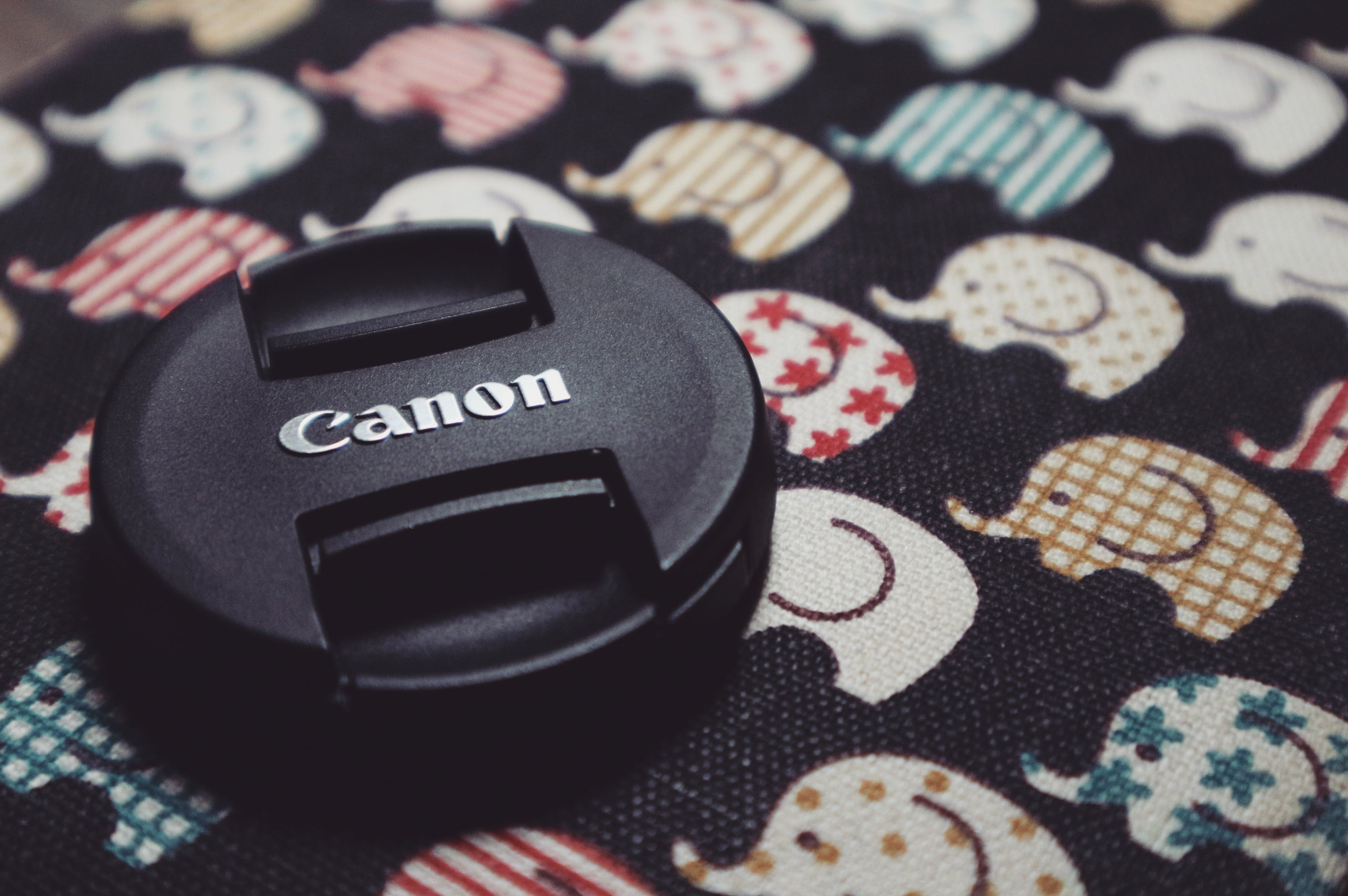 Round Black Canon Lens Cover