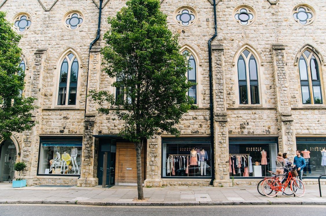architectuur, binnenstad, bomen