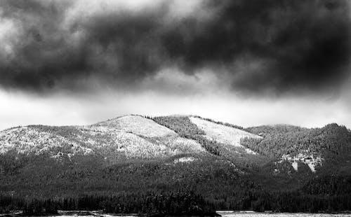 Kostnadsfri bild av bergen, dagsljus, landskap, moln