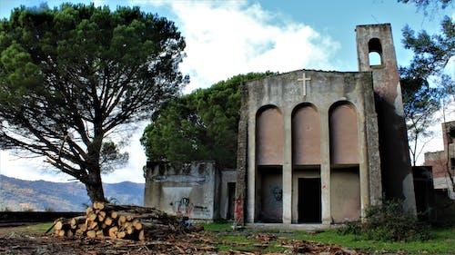Imagine de stoc gratuită din chiesa, clopotniță, croce, graffiti