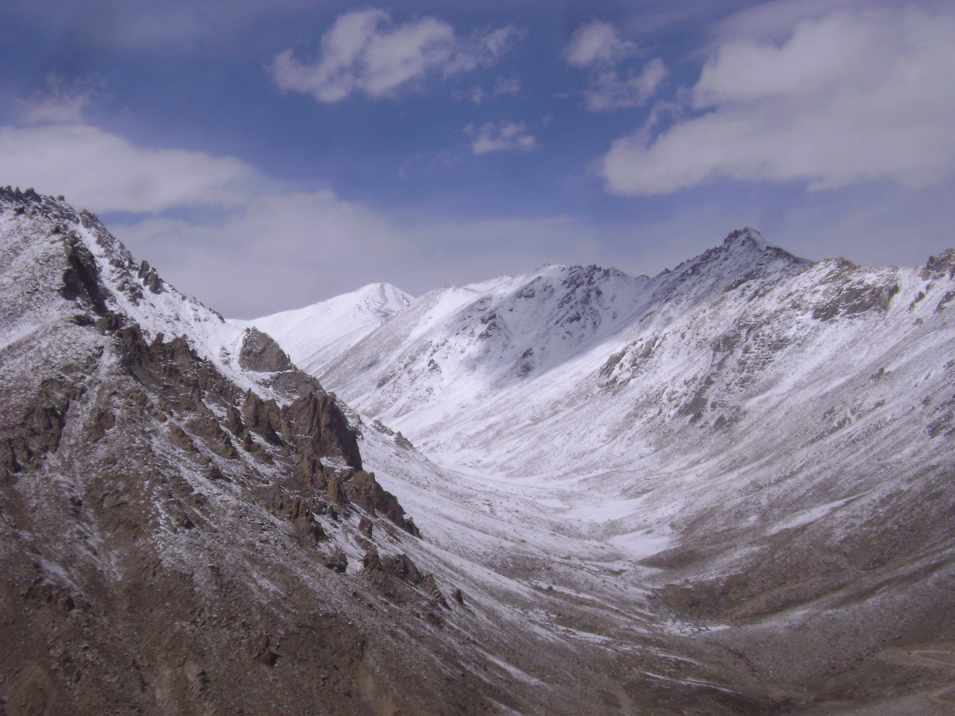 Kostenloses Stock Foto zu abenteuer, berg, felsen, felsiger berg