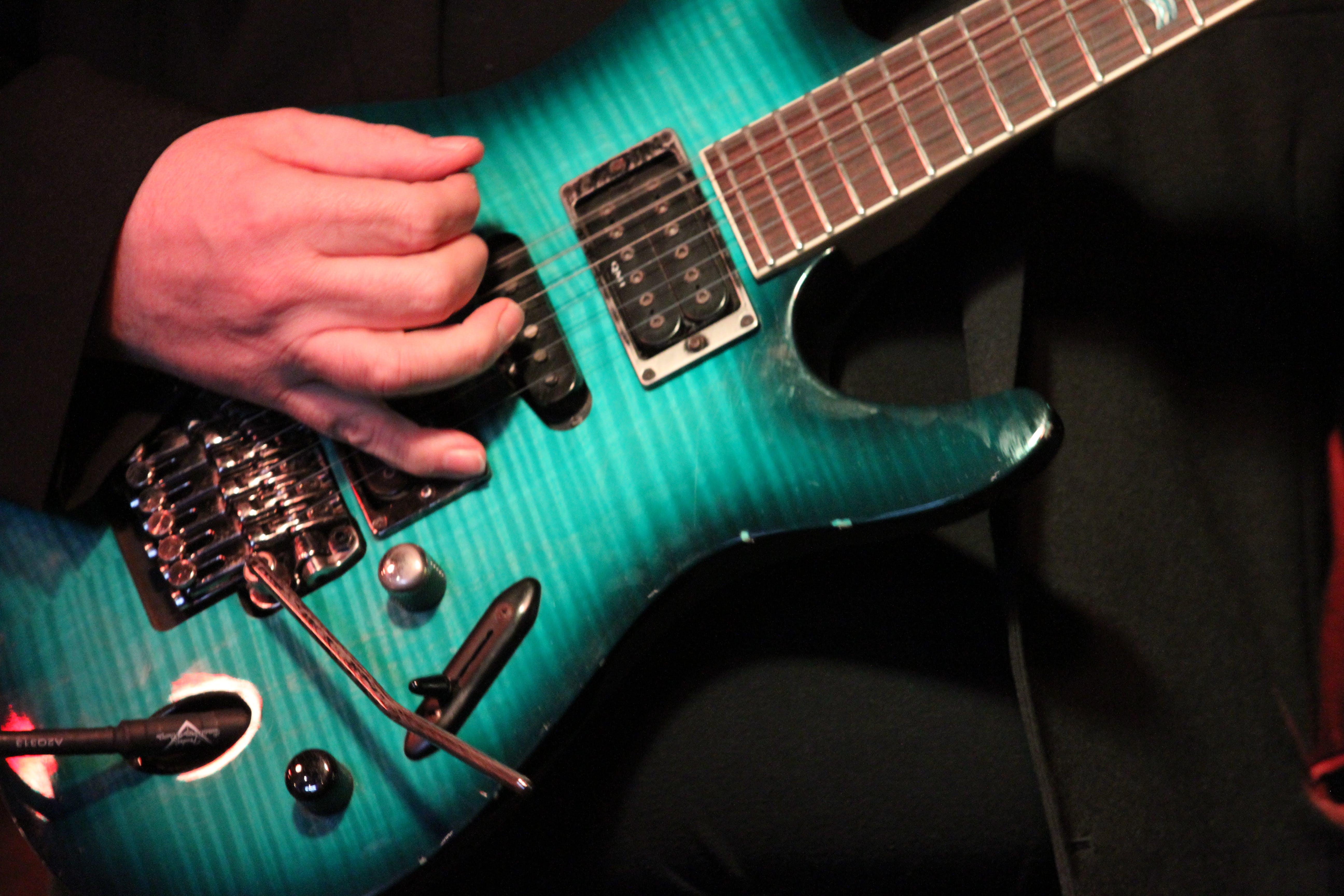 Free stock photo of electric guitar, guitar, guitarist