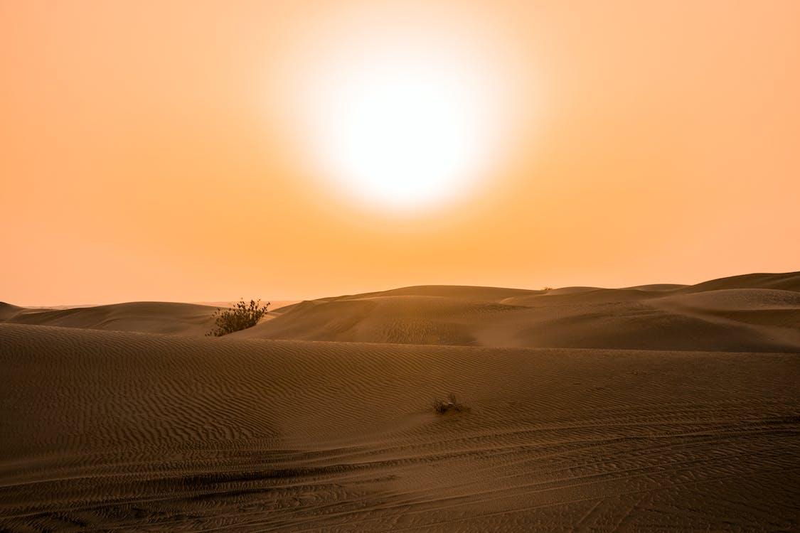 Suhu udara mempengaruhi kelembapan udara