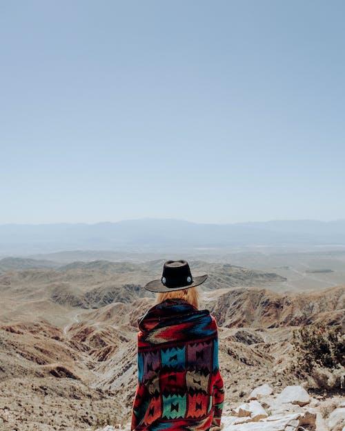 Бесплатное стоковое фото с вид сзади, горячий, дикий запад